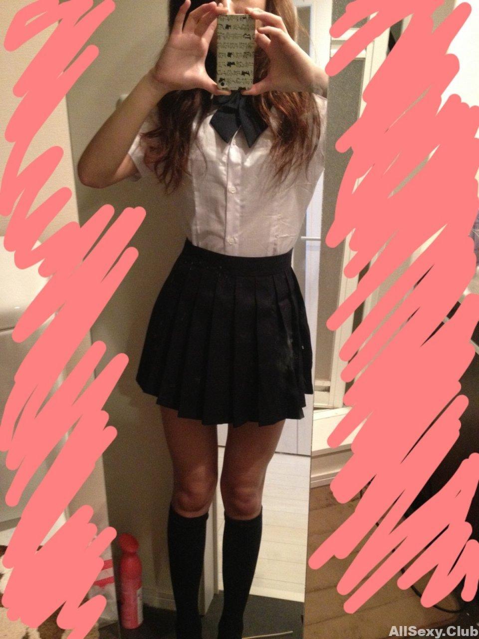Super sexy Japanese teen with school uniform
