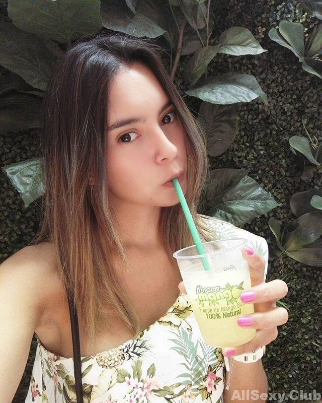 Gorgeous Latina Girl Jessie Romero