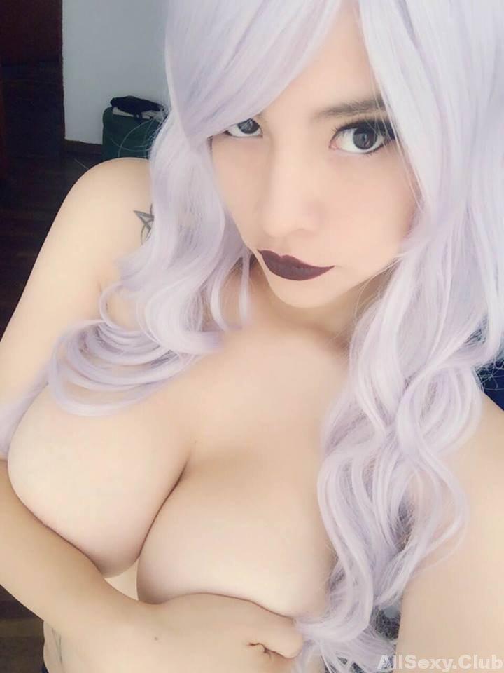 Busty amateur girl Kanako Mermade